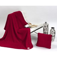 Halia 820 Throw + Bonus Cushion Set Cereza Cherry
